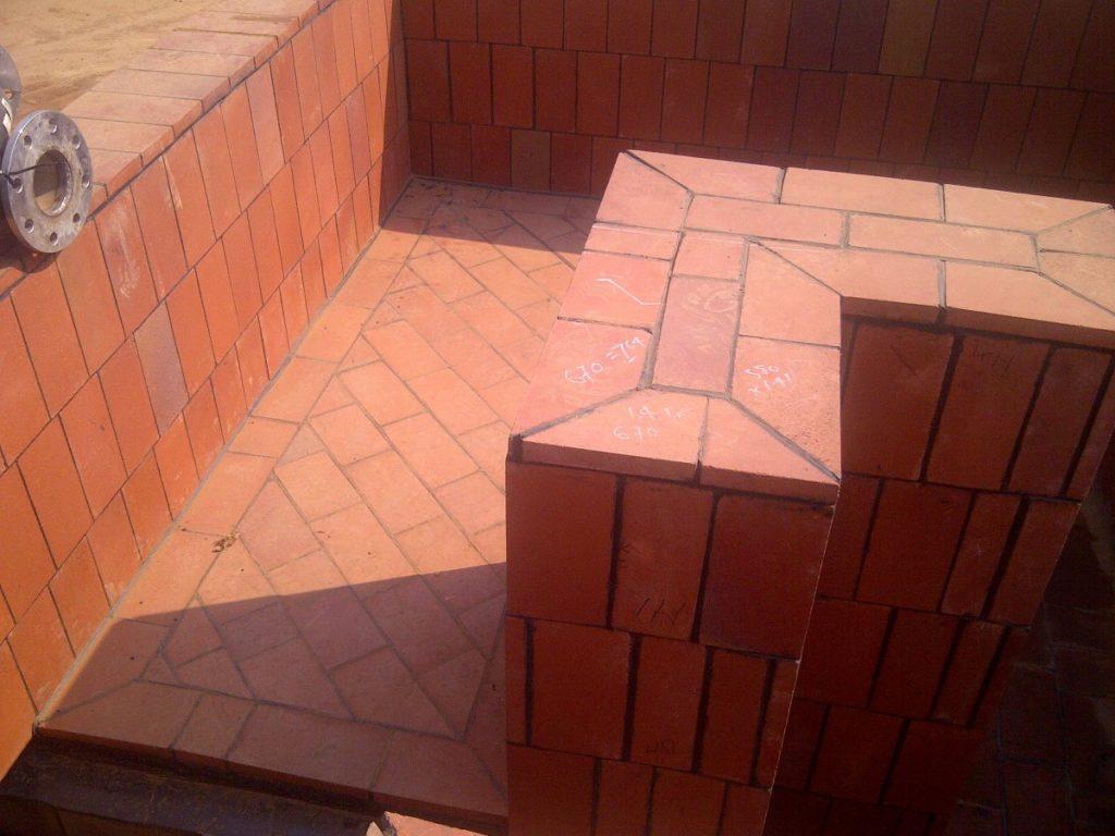 Corossion resistant bricks